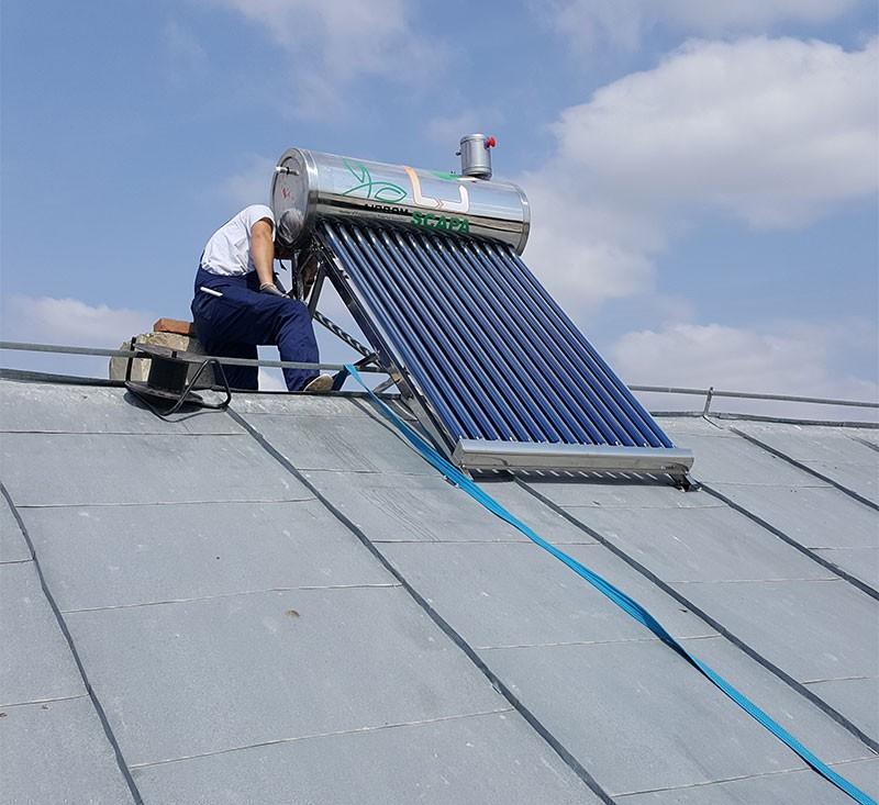 Revizie panouri solare. Poza 65